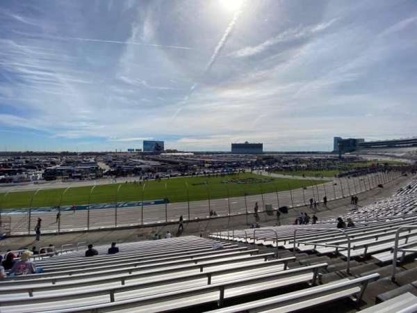Texas Motor Speedway, vak: 416, rij: 25, stoel: 16