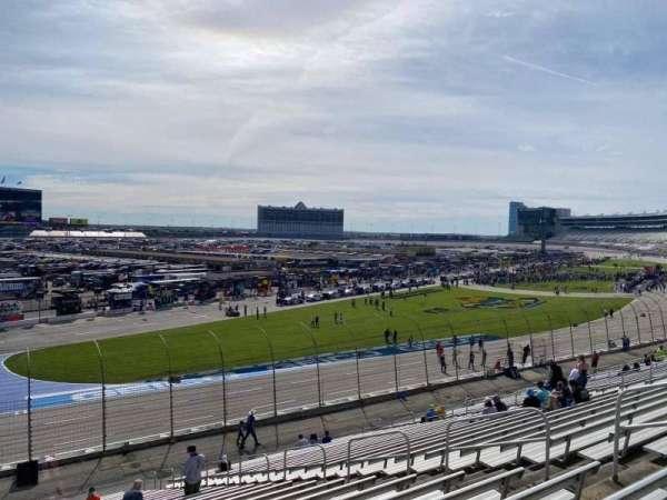 Texas Motor Speedway, vak: 421, rij: 28a, stoel: 11