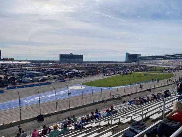 Texas Motor Speedway, vak: 425, rij: 25, stoel: 12