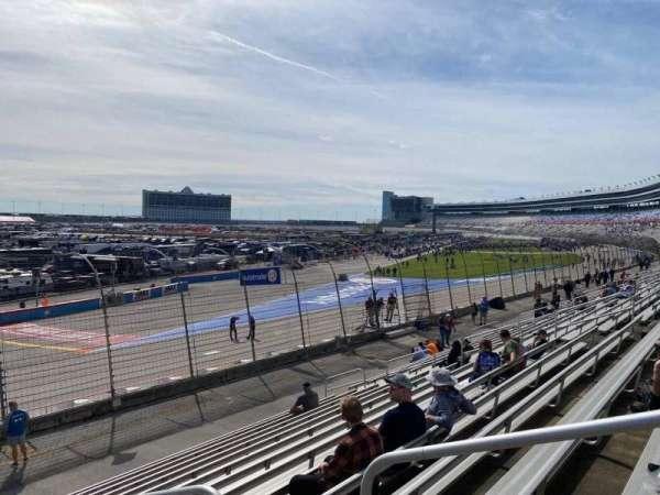 Texas Motor Speedway, vak: 428, rij: 15, stoel: 17