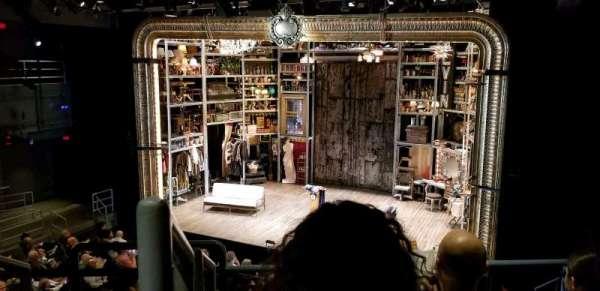 Laura Pels Theatre, vak: Rear Mezz, rij: CC, stoel: 2