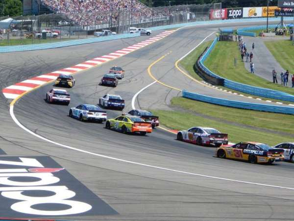 Watkins Glen International, vak: Ninety, rij: 21-28