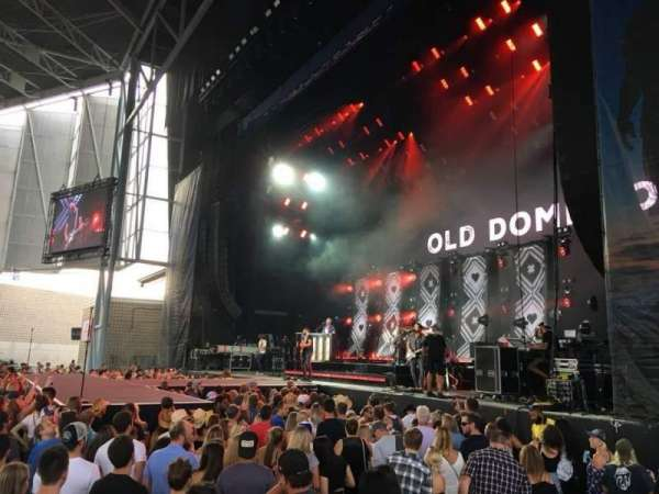 Budweiser Stage, vak: 201, rij: A, stoel: 5