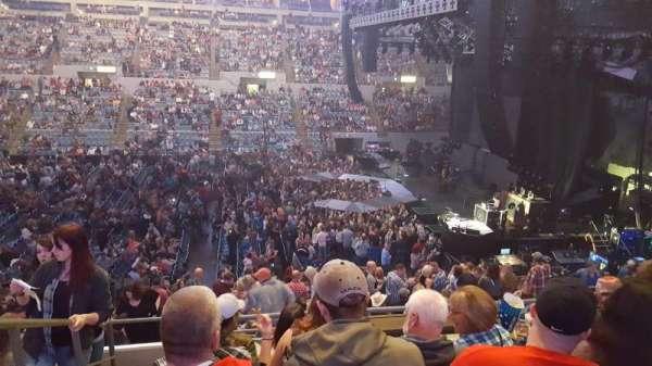 Allen County War Memorial Coliseum, vak: 213, rij: 20, stoel: 14