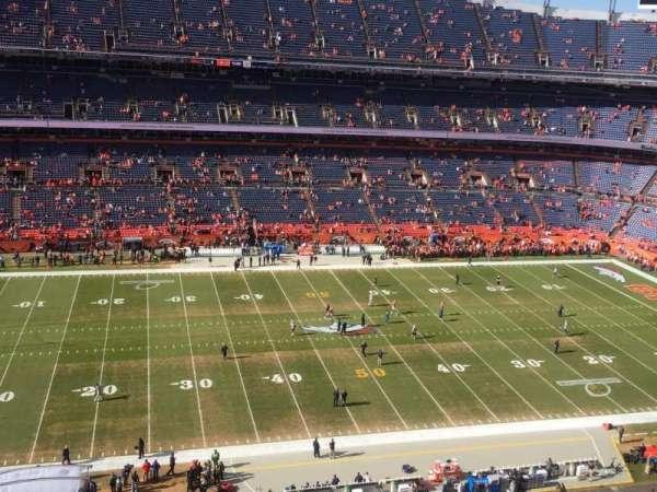 Broncos Stadium at Mile High, vak: 536, rij: 6, stoel: 14
