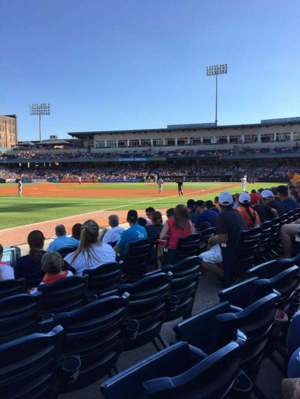 Fifth Third Field, vak: 102, rij: G, stoel: 6