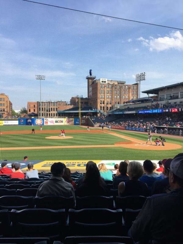 Fifth Third Field, vak: 107, rij: S, stoel: 11