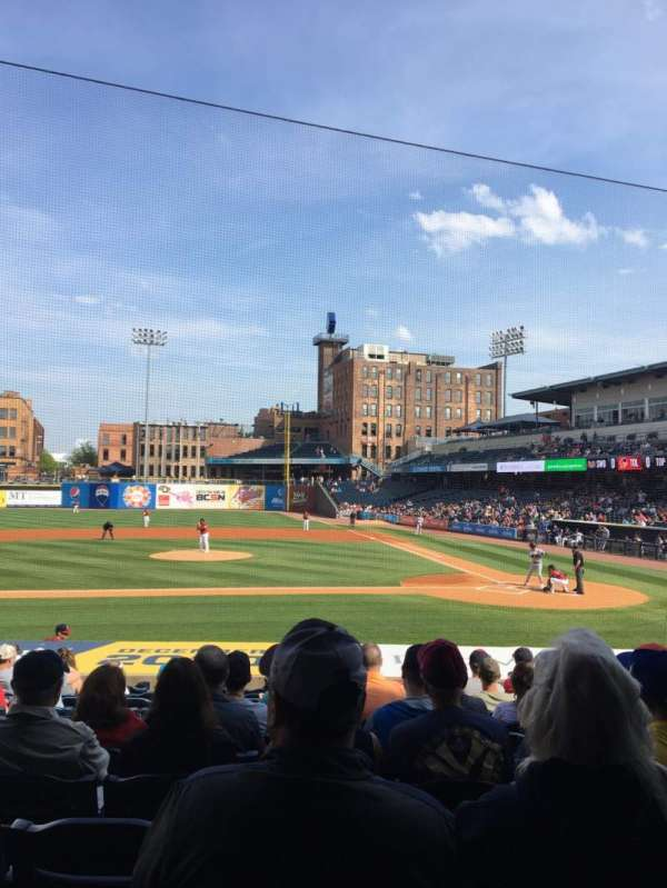 Fifth Third Field, vak: 107, rij: S, stoel: 10