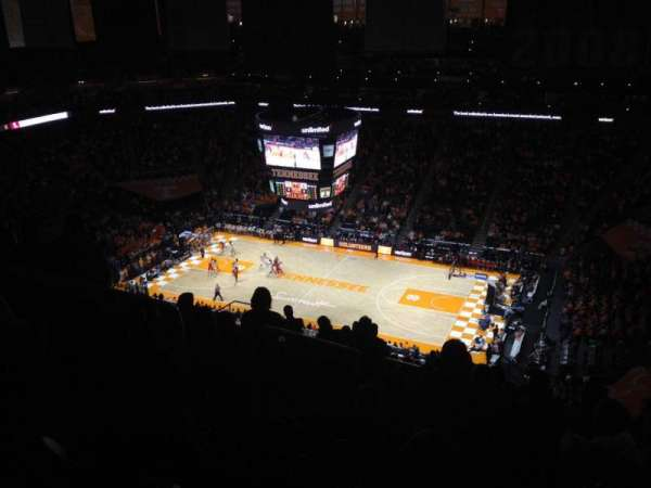 Thompson-Boling Arena, vak: 318, rij: 20, stoel: 10