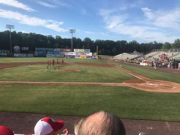 G. Richard Pfitzner Stadium, vak: L, rij: C, stoel: 5
