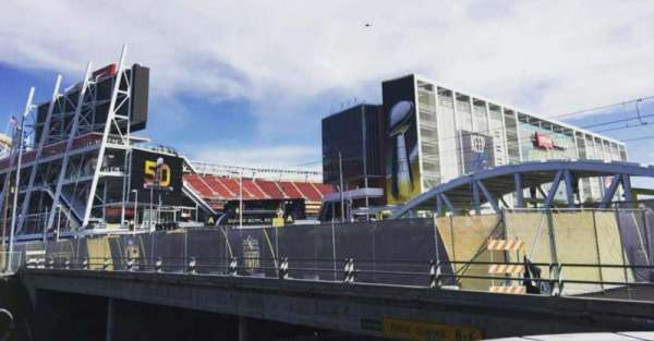 Levi's Stadium, vak: Outside