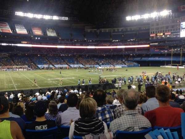 Rogers Centre, vak: 114R, rij: 29, stoel: 10