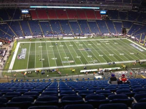 Gillette Stadium, vak: 334, rij: 20, stoel: 17