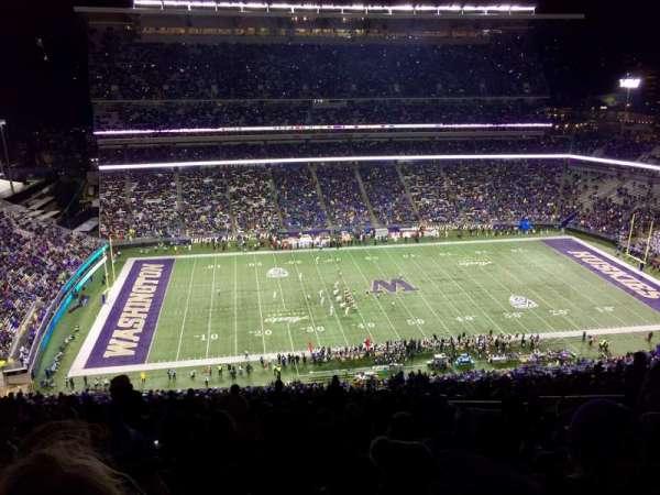 Husky Stadium, vak: 331, rij: 50, stoel: 12