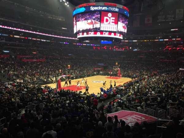 Staples Center, vak: 205, rij: 1, stoel: 5