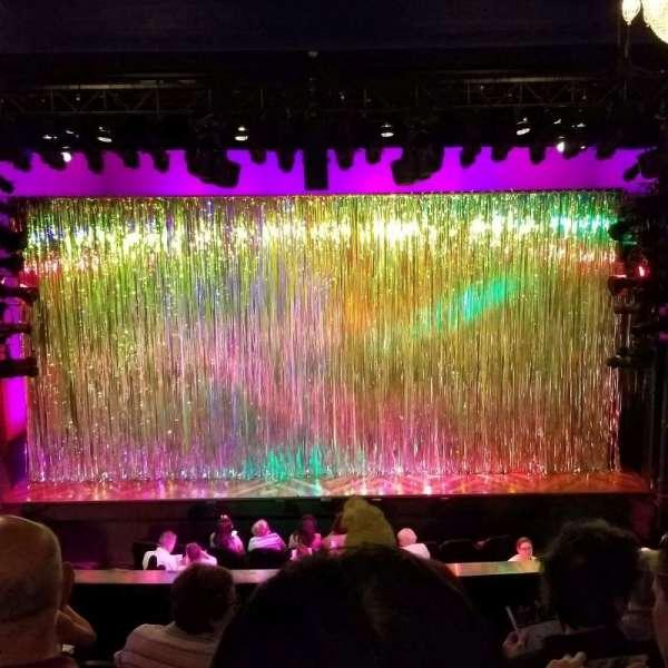 Hayes Theater, vak: Mezz, rij: F, stoel: 106
