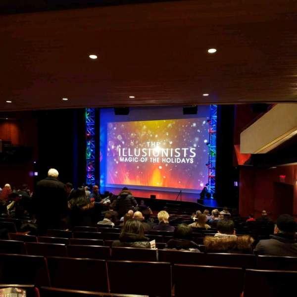 Marquis Theatre, vak: Orch, rij: W, stoel: 16