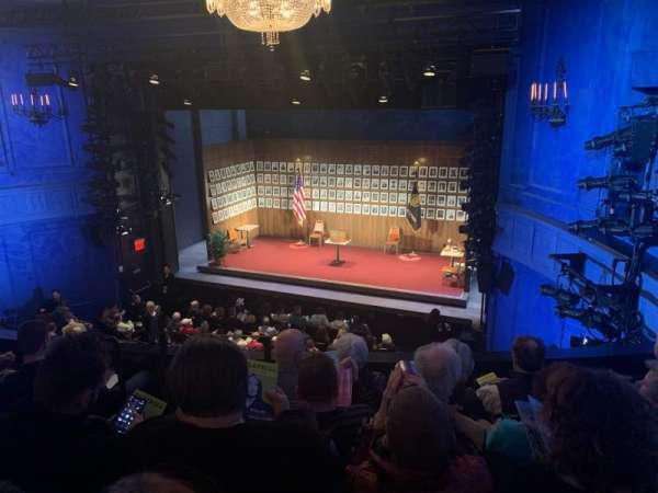 Hayes Theater, vak: Mezzanine R, rij: E, stoel: 2