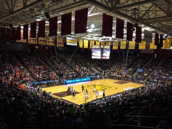 Winthrop Coliseum, vak: 119, rij: U, stoel: 8
