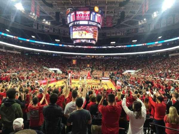PNC Arena, vak: 126, rij: J, stoel: 4