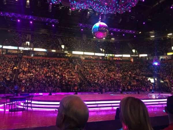 Manchester Arena, vak: Flat, rij: B, stoel: 8