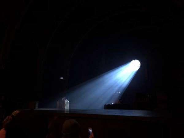 Lyric Theatre, vak: orch right, rij: c, stoel: 22