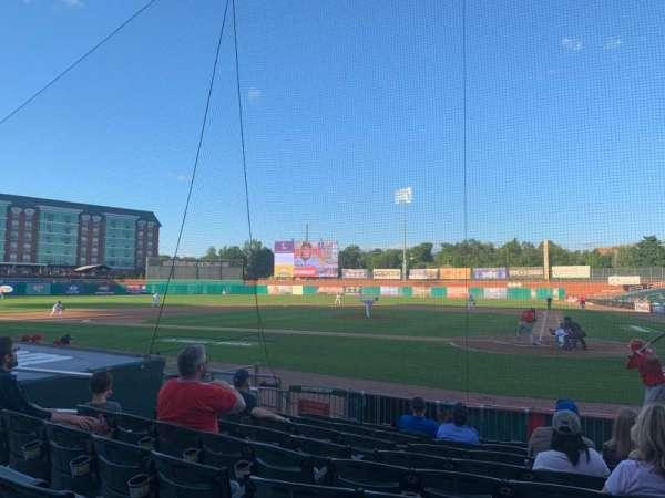 Northeast Delta Dental Stadium, vak: 107, rij: J, stoel: 12