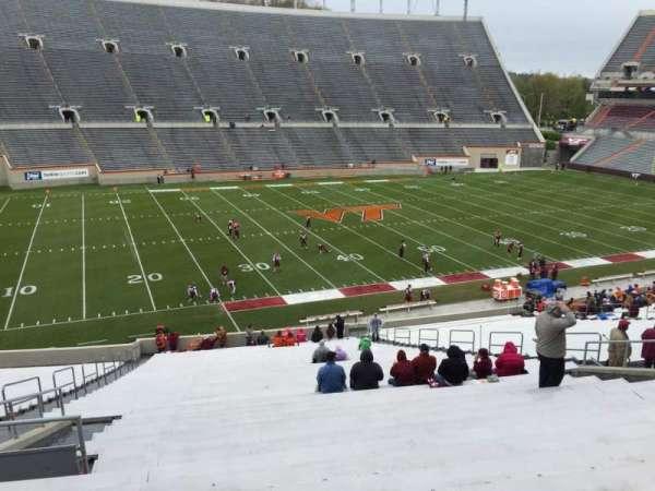 Lane Stadium, vak: 6, rij: XX, stoel: 16