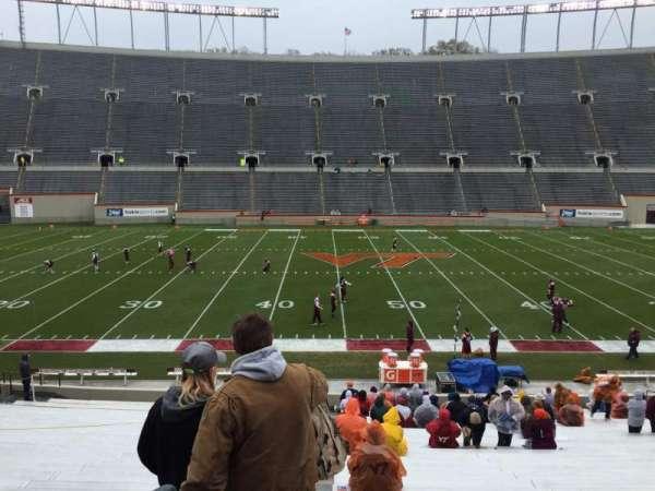Lane Stadium, vak: 10, rij: EE, stoel: 2