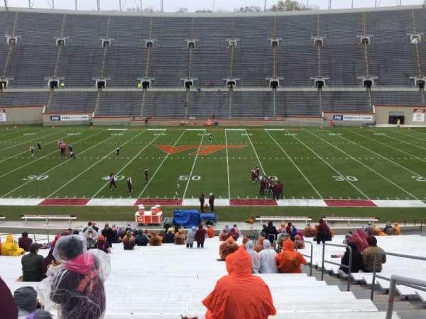 Lane Stadium, vak: 12, rij: MM, stoel: 3