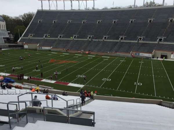 Lane Stadium, vak: 16, rij: XX, stoel: 14