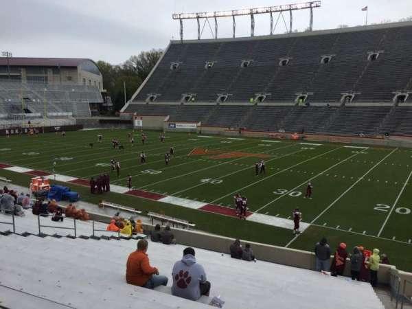 Lane Stadium, vak: 16, rij: CC, stoel: 5