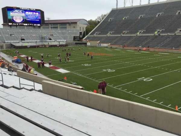 Lane Stadium, vak: 20, rij: X, stoel: 11