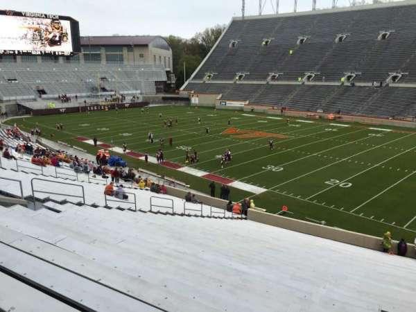 Lane Stadium, vak: 18, rij: RR, stoel: 7