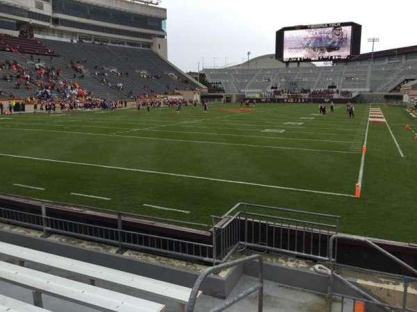 Lane Stadium, vak: 101, rij: F, stoel: 13