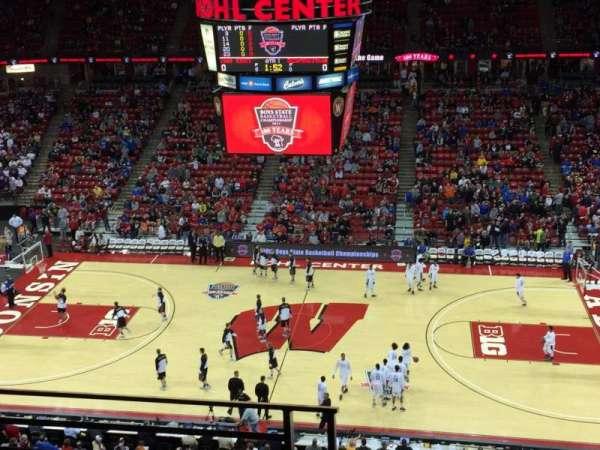 Kohl Center, vak: 307, rij: C, stoel: 18
