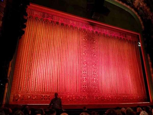 New Amsterdam Theatre, vak: Orchestra L, rij: H, stoel: 3