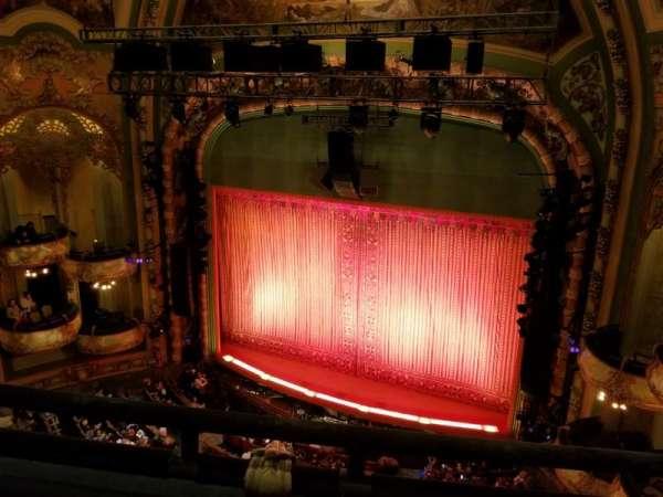 New Amsterdam Theatre, vak: Balcony R, rij: B, stoel: 10