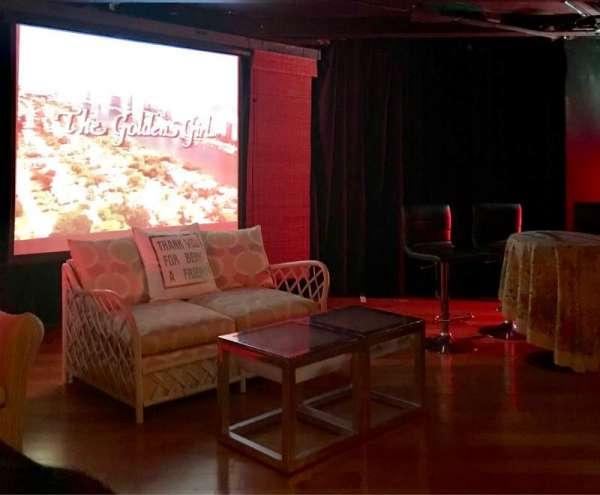 Cavern Club Celebrity Theater at Casita Del Campo, vak: GA, rij: 2, stoel: 1