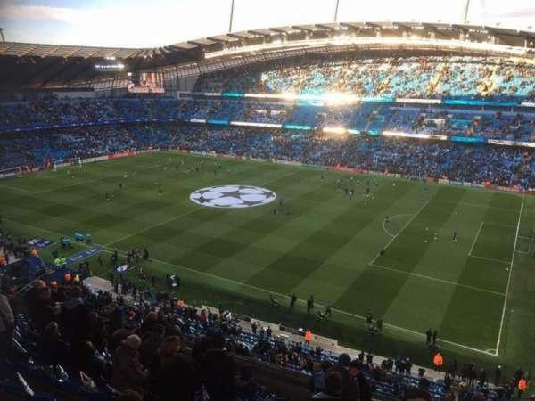 Etihad Stadium (Manchester), vak: 323, rij: M, stoel: 636