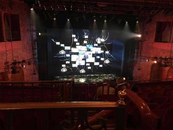 August Wilson Theatre, vak: Mezzanine, rij: H, stoel: 1