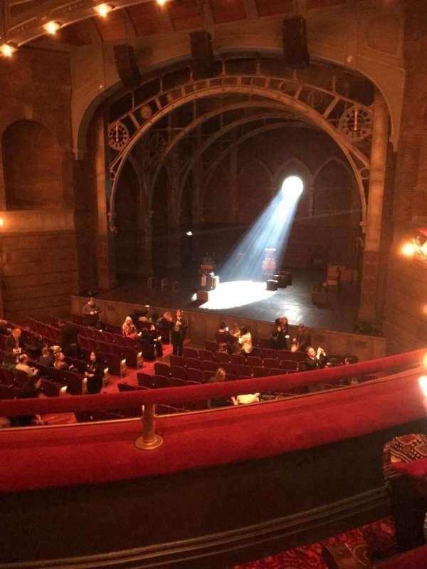 Lyric Theatre, vak: Dress Circle R, rij: B, stoel: 6