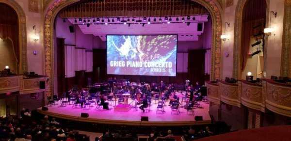 Orchestra Hall, vak: Box Center, rij: J, stoel: 7