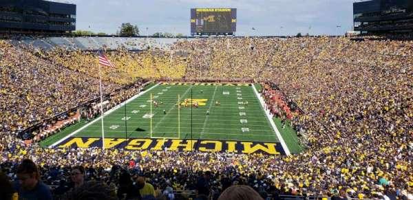 Michigan Stadium, vak: 11, rij: 88, stoel: 13