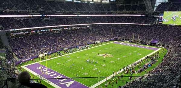 U.S. Bank Stadium, vak: 349, rij: E, stoel: 3