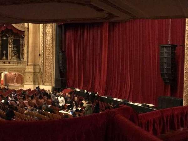 Chicago Theatre, vak: Mezzanine Box C, stoel: 1-2