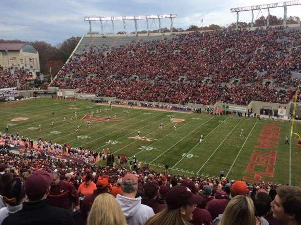 Lane Stadium, vak: 18, rij: HHH, stoel: 18