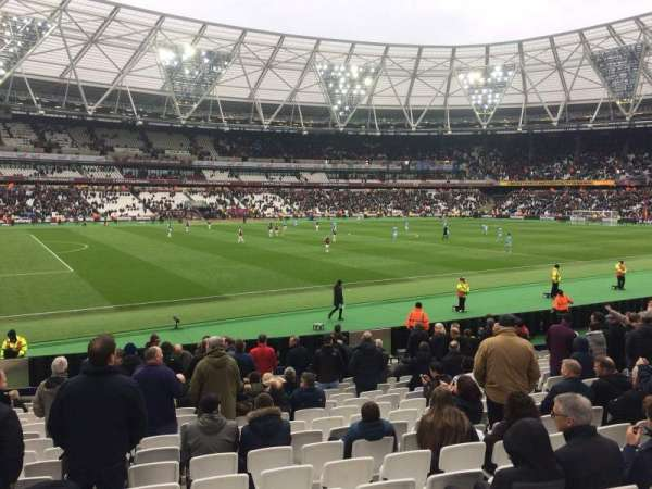 London Stadium, vak: 133, rij: 17, stoel: 346
