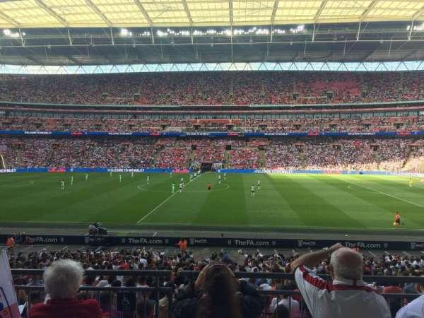Wembley Stadium, vak: 122, rij: 31, stoel: 299
