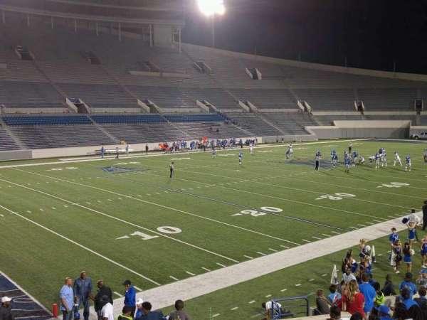 Liberty Bowl Memorial Stadium, vak: 109, rij: 20, stoel: 01